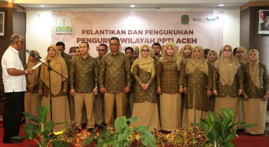 Kukuhkan Pengururs PPTI Aceh