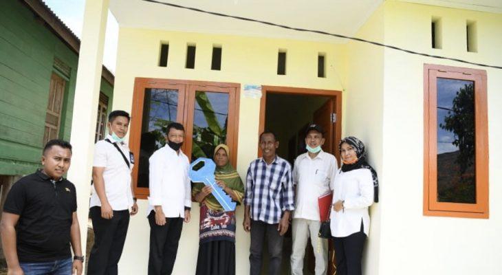 Pemerintah Serahkan Rumah Layak Huni untuk Warga Aceh Besar