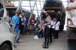 Satlantas Polres Lhokseumawe Berbagi dengan Buruh