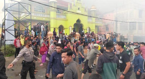 Warga Bener Meriah Ramai-ramai Puji Damkar Aceh Tengah