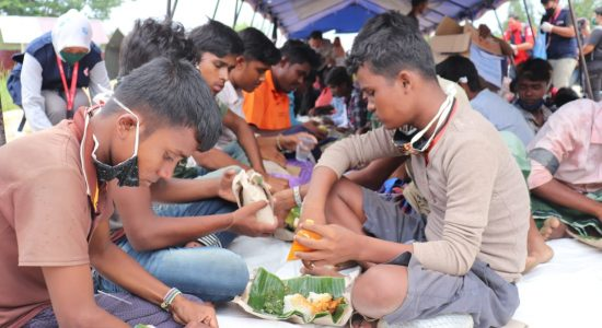 Warga Rohingya Terdampar di Pantai Ujong Blang