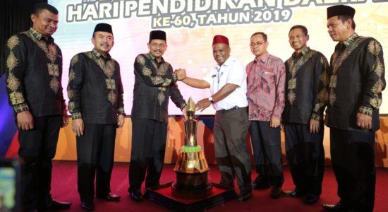 Pidie Juara Umum Kabupaten Berprestasi dan Inovatif Pendidikan 2019