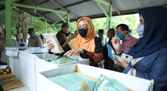 Pemerintah Aceh Mulai Salurkan Sejuta Masker untuk Masyarakat