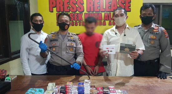Residivis Narkoba Gasak Ratusan Voucher Operator Seluler