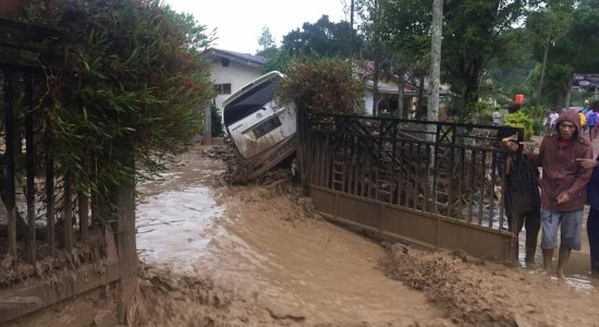 Banjir Bandang Hantam Kebayakan Aceh Tengah