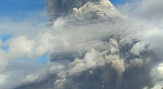 Debu Vulkanik Gunung Sinabung Diprediksi Berhembus ke Aceh