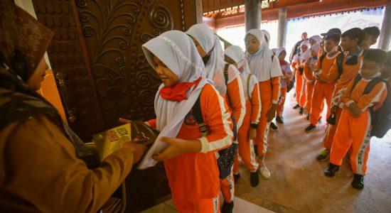 Lebih Dekat Dengan Museum Aceh