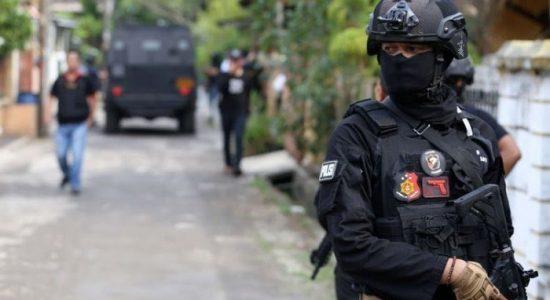 Densus 88 Amankan Dua Terduga Pelaku Teroris di Langsa