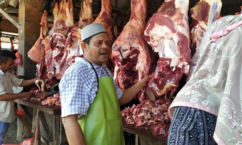 Meugang Pertama, Harga Daging Naik di Aceh Besar