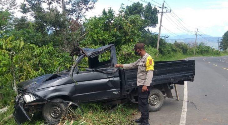 Kijang Terbalik di Simpang Lancang, Warga Samalanga Terluka