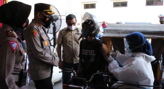 Kapolda Aceh Beri Apresiasi Pelaksanaan Vaksinasi 'Drive Thru' di Polres Lhokseumawe