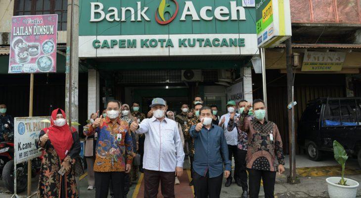 Komut Bank Aceh Dorong Transformasi Tampilan Kantor BAS