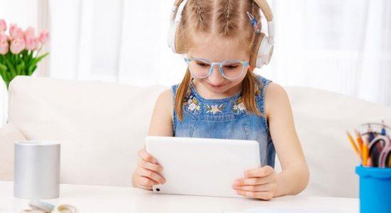 6 Langkah Jitu Lindungi Kesehatan Mata Anak saat Sekolah Online
