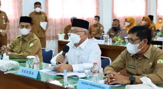 Sekda Aceh Minta Guru Tak Jenuh Gencarkan Vaksinasi Siswa